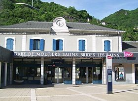 Transfers from/to MOUTIERS Train Station